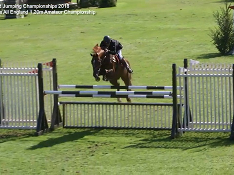 Barry Drea winning the 1.20m Amateur Championship 2018 riding Phoebe IV